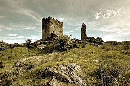 Dolwyddelan Castle by Ray Wise